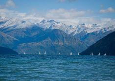 Lake Wanaka - New Zealand's South Island Is Heaven On Earth Nz South Island, New Zealand South Island, Into The Wild, Lake Wanaka, Lake Tekapo, Wanaka New Zealand, Sun And Water, Hidden Beach, Paradise On Earth