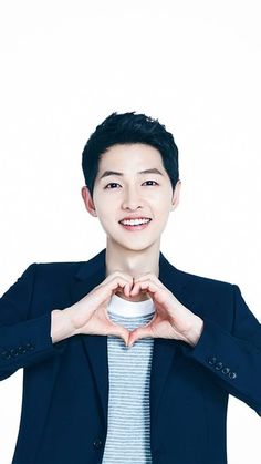 Song Joong Ki, lockerscreen I love you too. My Joongki💓 Song Hye Kyo, Drama Korea, Korean Drama, Asian Actors, Korean Actors, Descendants, Song Joong Ki Birthday, Soon Joong Ki, Park Bogum