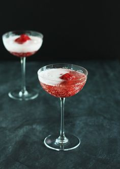 Cocktail Friday: Prosecco Float + Raspberry Thyme Sorbet