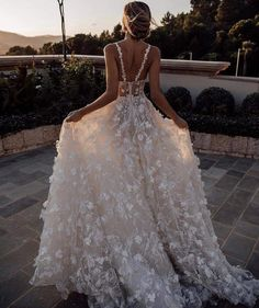 24 Unforgettable Beach Destination Wedding Dresses is part of Destination wedding dress - Destination wedding is beautiful! These beach destination wedding dresses are light, airy and perfect for a ceremony in the sand Gorgeous Wedding Dress, Dream Wedding Dresses, Prom Dresses, Floral Wedding Dresses, Wedding Dress Beach, Wedding Dressses, Embelished Wedding Dress, Wedding Dresses For Bridesmaids, Corset Wedding Dresses