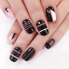 Nail Art black with stripes Love Nails, How To Do Nails, Pretty Nails, My Nails, Nail Art Designs 2016, Toe Nail Designs, Colorful Nail Art, Nails 2018, Types Of Nails