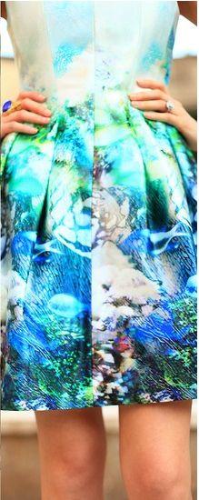 http://lookbook.nu/look/3478015-Zara-Ocean-Printed-Dress-Enzo-White-Pumps  Zara Digital Underwater scene dress