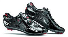 SIDI Wire Carbon Vernice Rennradschuhe Black 2016 - www.rider-store.de - Die ganze Welt der Bikes & Parts - Mountainbikes, MTB Rahmen und Mountainbike Zubehör von namhaften Herstellern wie Ghost, Pinarello, Yeti, Niner, Mavic und Fox