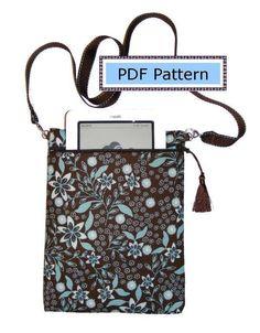eReader Case with Offset Zipper Strap