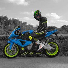The Dark knight 1199 panigale #1199panigale#1199#ducati #motorcycle #motorcycles #bike #TagsForLikes #ride #rideout #bike #biker #bikergang #helmet #cycle #bikelife #streetbike #cc #instabike...