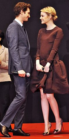 This gallery of Emma Stone and Andrew Garfield looking stylish and in love is killing me (in a good way)