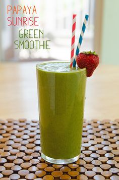 Wake up on the right side of the bed with help from this amazing Sunrise Smoothie. This green smoothie is pumped full of nutritious fruits and vegetables like papaya, kale, and spinach; although, the leafy greens' tastes are masked by the sweet fruit Papaya Smoothie, Best Green Smoothie, Smoothie Detox, Smoothie Prep, Green Smoothie Recipes, Juice Smoothie, Smoothie Drinks, Detox Drinks, Nectarine Smoothie