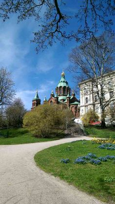 Suomen ortodoksinen kirkko / Helsinki Beautiful Scenery, Helsinki, Golf Courses, Mansions, House Styles, Home Decor, Decoration Home, Room Decor, Villas