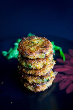 These absolutely delicious pan fried curry flavored brown rice and zucchini fritters are super easy and take only 20 mins to make. Indian Food Recipes, Whole Food Recipes, Vegetarian Recipes, Cooking Recipes, Vegan Vegetarian, Cooking Bacon, Free Recipes, Cooking Wine, Vegan Food