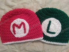 Mario and Luigi Beanie Hats Crochet Pattern - free geek gamer hat crochet pattern First thought was Coledon and Gavin. Second thought-- the twins. Mario Crochet, Crochet Kids Hats, Crochet For Boys, Crochet Beanie, Crochet Crafts, Crochet Projects, Free Crochet, Knit Crochet, Crochet Baby