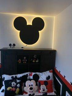 Mickey Mouse Nursery, Mickey Mouse House, Mickey Head, Disney Nursery, Disney Wall Decor, Disney Home Decor, Disney Themed Bedrooms, Casa Disney, Disney House