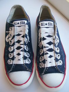 Converse All Star No Lace Slip On Navy Painted Laces Shoes Size Mens 6 Womens 8 Converse Style, Converse All Star, Lace Slip, Slip On, Navy Paint, Lace Painting, Christmas 2014, Star Fashion, Me Too Shoes