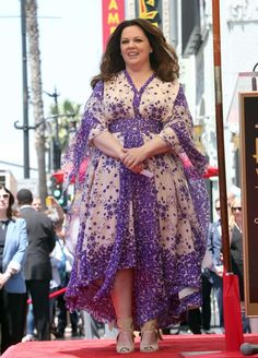 "We ""Spy"" a teeny-tiny Melissa McCarthy! The funny gal showed off her slimmer frame in this gorgeous ... - FS2/WENN"