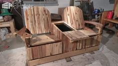 Party Like Pros: 2-person Pallet Recliner Has Built-in Ice Chest Pallet Benches, Pallet Chairs & Stools