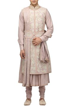 Buy Hand embroidered gota sherwani set by Tarun Tahiliani - Men at Aza Fashions Designer Suits For Men, Designer Clothes For Men, Indian Wedding Outfits, Indian Outfits, Indian Weddings, Sherwani For Men Wedding, Mens Sherwani, Kurta Men, Punjabi Wedding
