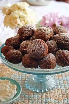- Chocolate Aebleskiver Recipe – Food and Entertaining – Capper's Farmer When fried dough meets chocolate, as in this Chocolate Aebleskiver Recipe, you've got one match made in heaven. Chocolate Pies, Chocolate Recipes, Poffertjes Recipe, Danish Aebleskiver Recipe, Gourmet Recipes, Cooking Recipes, Desert Recipes, Pancakes And Waffles, Danish Pancakes