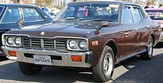 Nissan-Cedric330.JPG