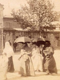 Ottoman Women, Istanbul, 1880s (İstanbul Hanımları)
