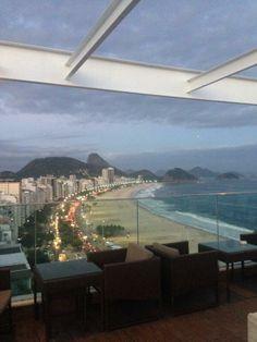 Chegando a noite em #Copacabana, +Copa@ http://umrio.net/noite
