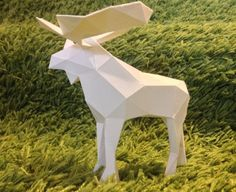 Animal Paper Model - Simple Low Poly Moose Free Template Download - http://www.papercraftsquare.com/animal-paper-model-simple-low-poly-moose-free-template-download.html#AnimalPaperModel, #LowPoly, #Moose
