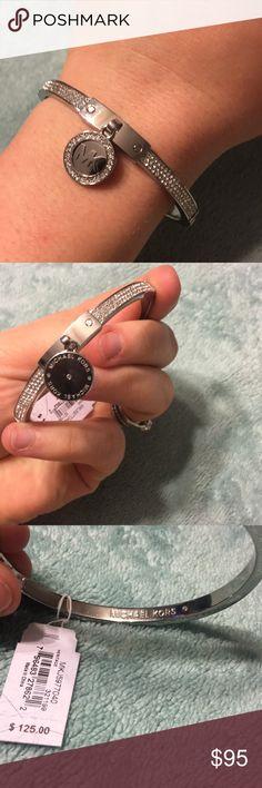 NWT MK bracelet Beautiful silver bracelet Michael Kors Jewelry Bracelets