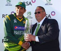 Misbah ul-haq (Pakistan) with the series (1-0) trophy, vs Ireland at Dublin, 2nd ODI, May 26, 2013