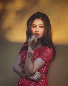 Do your thing boo Aditi Bhatia, Yeh Hai Mohabbatein, Teen Tv, Child Actresses, Indian Teen, Tv Actors, Fashion Photography, Wonder Woman, Superhero