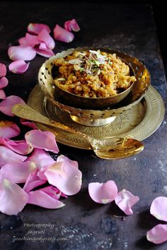 Indian Desserts, Indian Sweets, Indian Snacks, Indian Food Recipes, Gujarati Recipes, Gujarati Food, Food Festival, Festival Recipe, Sweets Recipes