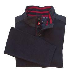 Pull camionneur Armor-Lux | Entre le pull et le polo de rugby, ce tricot d'Armor-Lux vous suivra pendant votre saison d'été. Chaud mais léger, il est décontracté avec son col camionneur 4 boutons et sa doublure intérieure à rayure marine/rouge et solide avec ses empiècements toilés épaulettes et col | A retrouver sur : http://www.chasse-maree.com/pulls-blousons/7185-pull-camionneur.html