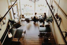 cafe restaurant coffee bar