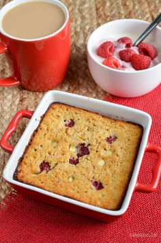 Slimming Eats Raspberry and White Chocolate Baked Oatmeal - gluten free, vegetar. - Valentinstag - Healthy recipes - Slimming Eats Raspberry and White Chocolate Baked Oatmeal – gluten free, vegetar… – Valentins - Baked Oats Slimming World, Slimming World Deserts, Slimming World Vegetarian Recipes, Slimming World Puddings, Slimming World Breakfast, Slimming Recipes, Vegetarian Meals, Health Breakfast, Slimming World Flapjack