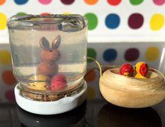 Ostern | kinderinfoblog Snow Globes, Blog, Pudding, Desserts, Home Decor, Recyle, Easter Activities, Diy, Children