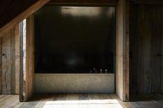 Vincent Van Duysen Residence — Thomas Seear-Budd Vincent Van Duysen, Wood Interiors, Cosy, Design Inspiration, Axel Vervoordt, Antwerp Belgium, Bathroom, Home Decor, Washroom