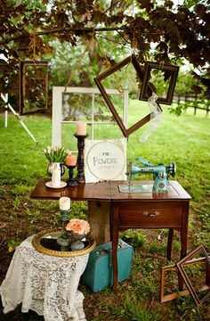 Hottest Pictures Sewing Table window Popular Curtains should make you feel content, effective as well as 100 % within the zone. Exactly what it Vintage Sewing Table, Sewing Tables, Art In The Park, Empty Frames, Vintage Props, Beautiful Houses Interior, Old Windows, Sewing Box, Shabby Chic Decor
