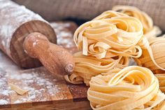 Ecco per voi alcune idee di come cucinare la pasta con il bimby… SE VUOI ESSERE AGGIORNATA SULLE NOSTRE RICETTE ISCRIVETEVI NEL NOSTRO GRUPPO DI FACEBOOK PECCATI DI GOLA 568-RICETTE BIMBY E N…