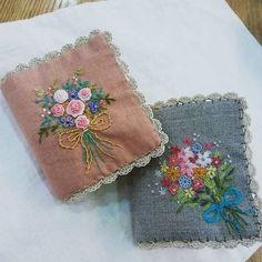 #Embroidery#stitch#needle work #needle case#hamp linen #프랑스자수#일산프랑스자수#자수#자수타그램#자수소품#바늘집 # 인디핑크 염색원단~ 멋진 색감으로 염색되어 기분 up~ 러블리 바늘 집완성~