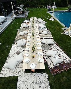 """679 Likes, 17 Comments - HOORAY!™ (@hooraymagau) on Instagram: """"We love a good long + low table. Perfect for #Summer #entertaining!✔️via @eyeswoon x"""""""