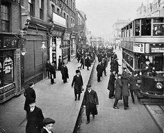 Tooting Broadway, 1912 https://pbs.twimg.com/media/CY3qH6iWwAIy_9R.jpg:large