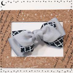 大人可愛い♡グログランリボンのヘアクリップ Bow Tutorial, Ribbon Hair Bows, Baby Accessories, Fabric Flowers, Headbands, Crafts, Inspiration, Ideas, Hair Arrange