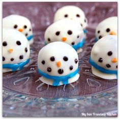 Snowman Oreo Cookie Balls | My San Francisco Kitchen #oreocookieballs