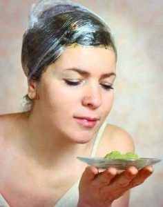 How to Use and Apply Aloe Vera for Hair growth? It fight all sorts of hair issues, such as dry hair, rough hair, dandruff, unmanageable hair and hair loss. Rebonded Hair, Covering Gray Hair, Aloe Vera For Hair, Hair Pack, Hair Issues, Henna Hair, Exfoliate Face, Color Your Hair, Loose Skin