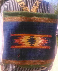 Zaino realizzato con tessuto Kilim