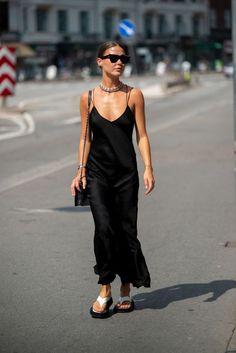 Copenhagen Street Style, Stockholm Street Style, Copenhagen Fashion Week, Street Style Trends, Street Style Summer, Cool Street Fashion, Look Fashion, Fashion Outfits, Celebrity Street Fashion