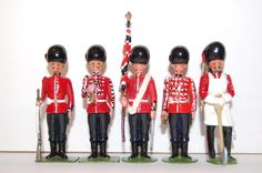 5 VINTAGE BRITAINS AND OTHER MAKES LEAD GUARDS | eBay