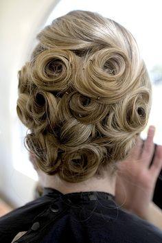 Pin Curl Updos | curl-updo | Dulhan