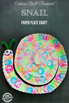 You don't need a lot of special supplies to make this Cotton Ball Painted Snail Paper Plate Craft. #diy #craft #kidsactivities #funforkids #kids
