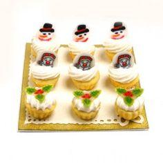 Dollhouse Weihnachten Cupcakes mit Schneemann und Holly Topper