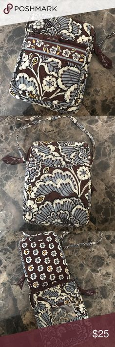 Vera Bradley cross body Vera Bradley cross body. Don't use it anymore, price negotiable Vera Bradley Bags Crossbody Bags