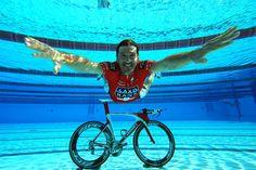 Fabian Cancellara,Team Saxo Bank,enjoying the team training... on Twitpic.  Cool photo of Spartacus.