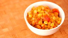 In episode 6 of Gluten Free Tasty, Host Jenné demonstrates how to make a chickpea gumbo. This hearty meal is easy to cook and perfect to eat on a cold winter day for a quick lunch or dinner.